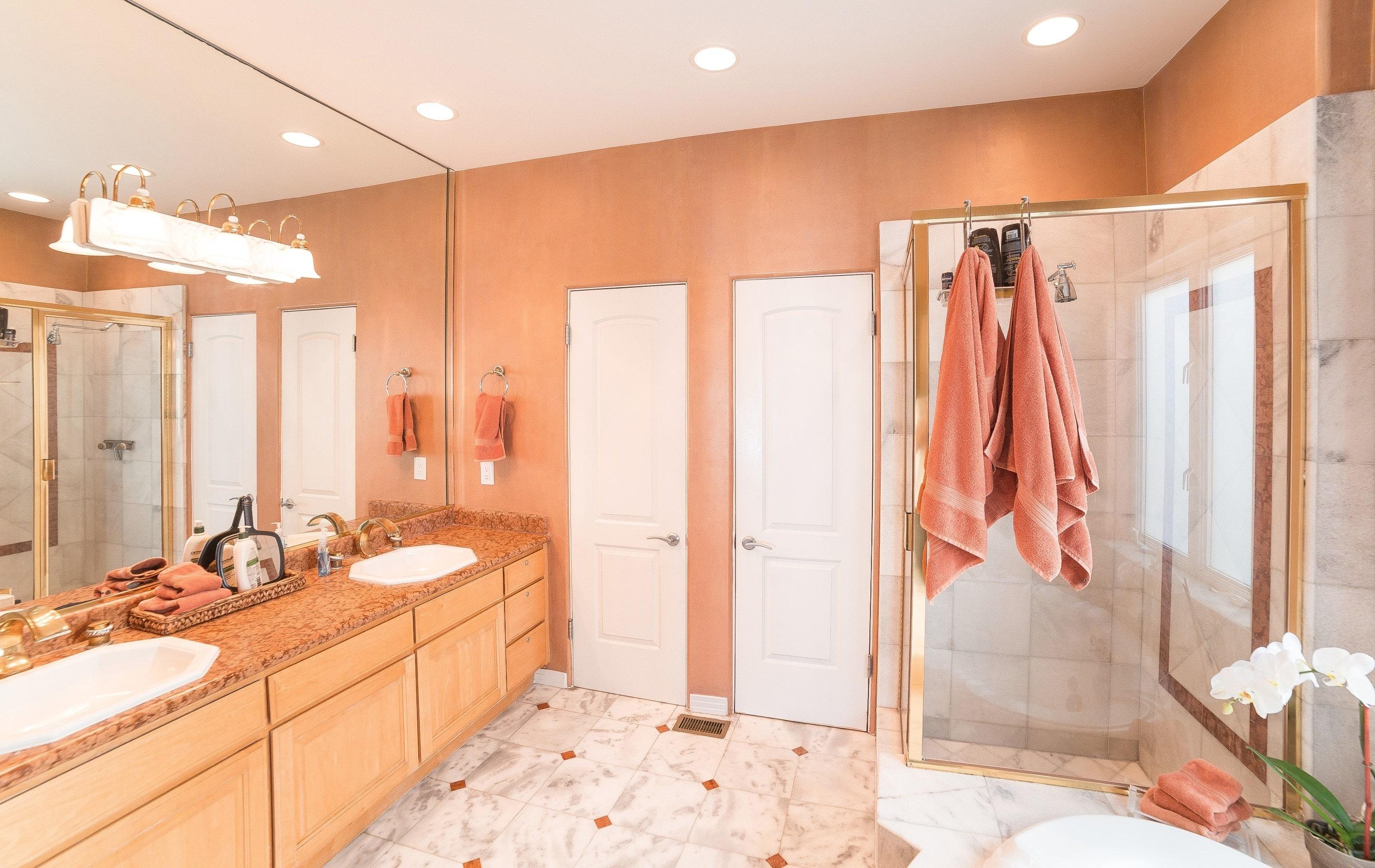 MB Townhouse Bathroom 4