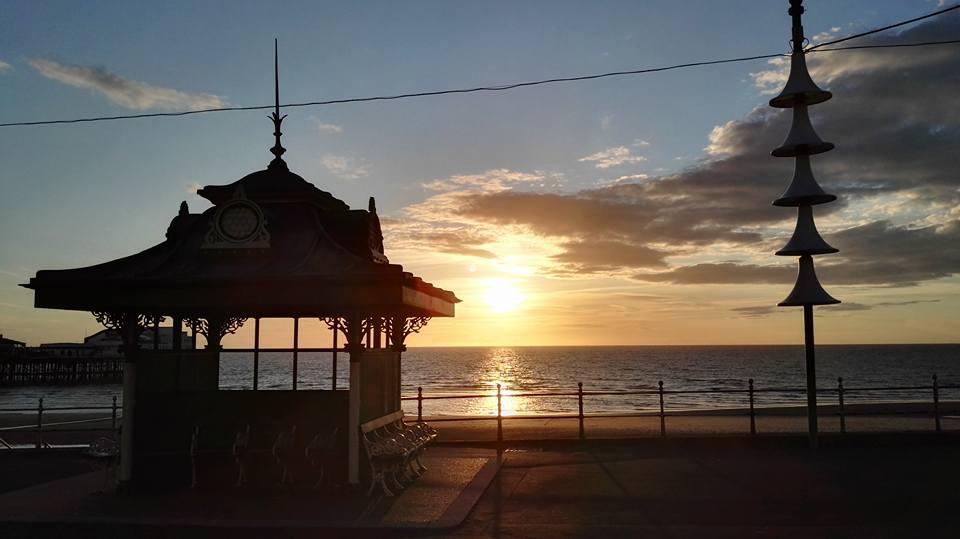 https://0201.nccdn.net/1_2/000/000/122/dd4/Blackpool-shelter-960x539.jpg