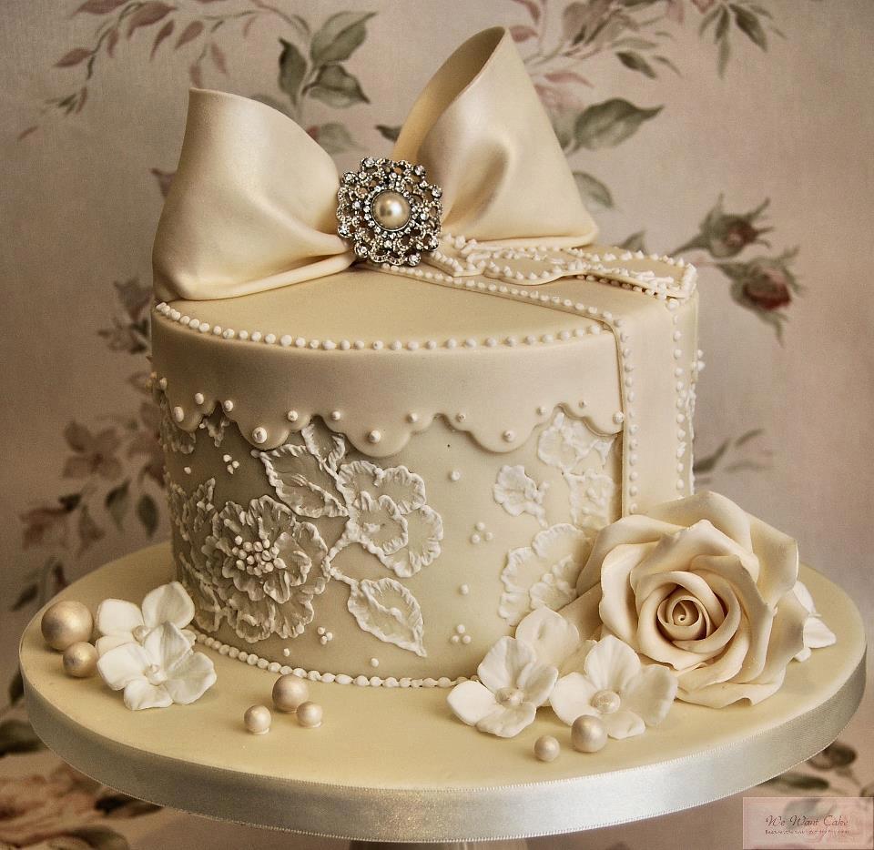 https://0201.nccdn.net/1_2/000/000/123/501/wedding-cake-2-min.jpg