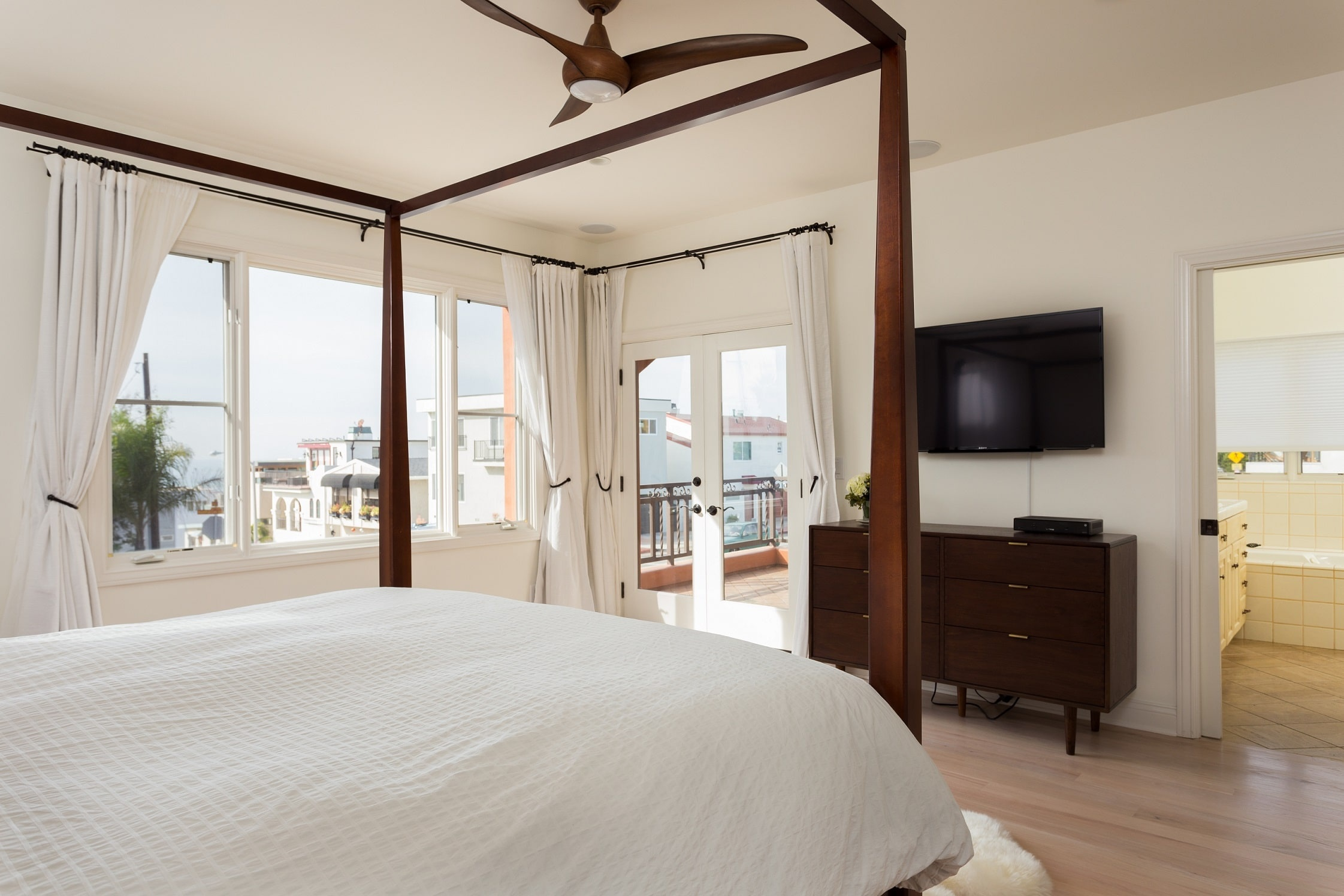 MB Executive Home Bedroom 2