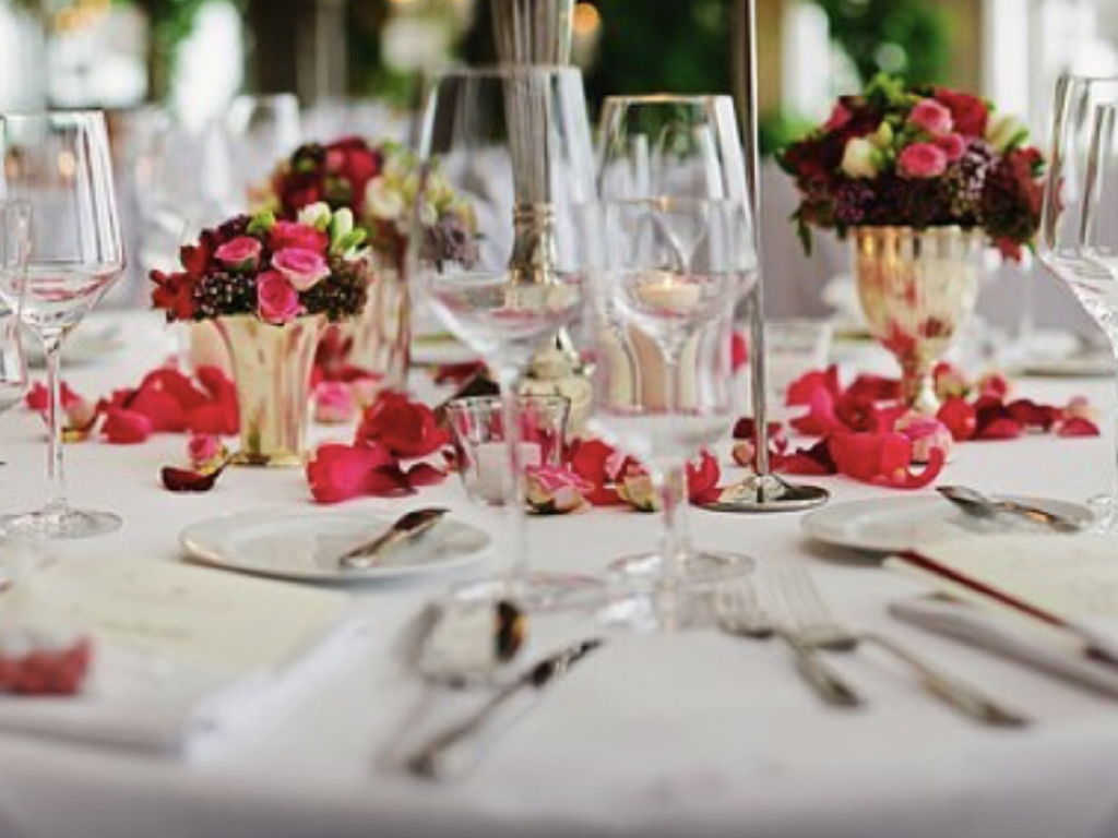 Table setting and decor at reception hall