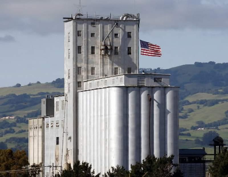 Dairymen's Feed & Supply