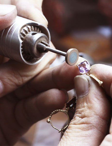 Worker repairing ring