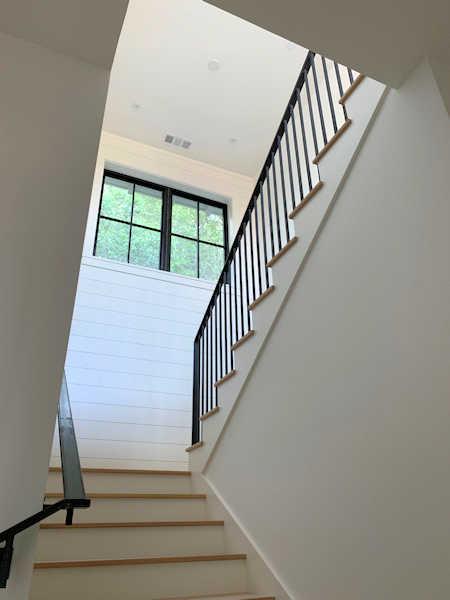 https://0201.nccdn.net/1_2/000/000/125/e6d/stairs2.jpg