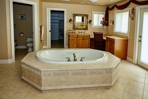 Bathtub Inside Caribbean Room