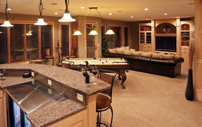 Executive home bar and entertainment room