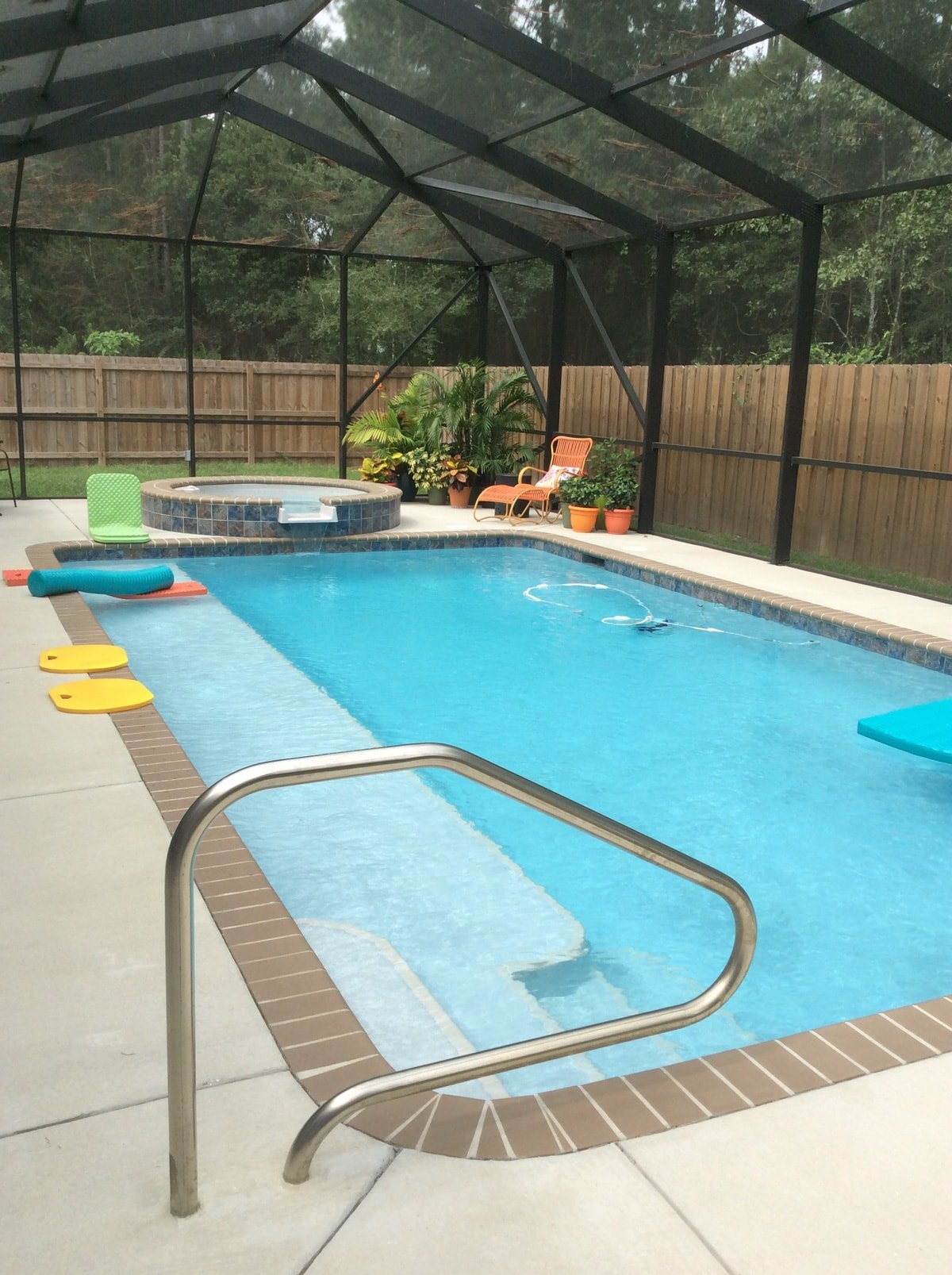 Gunite Pool With Ledge