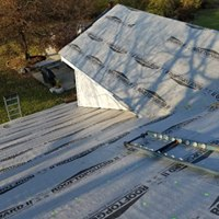 https://0201.nccdn.net/1_2/000/000/129/004/RoofMaintenance.jpg