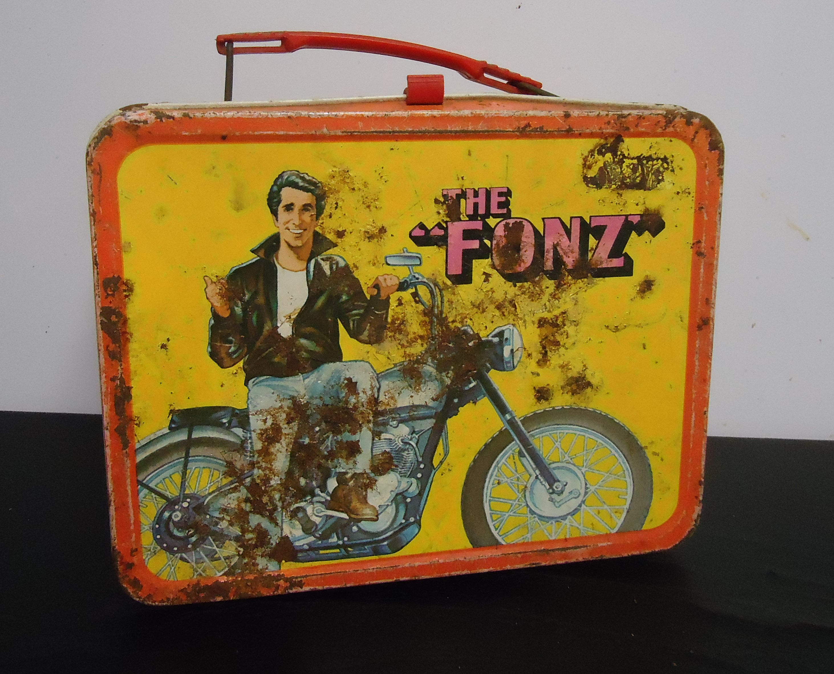 """(9) """"Happy Days"""" (The Fonz) Metal Lunch Box W/Out Thermos $38.00"""