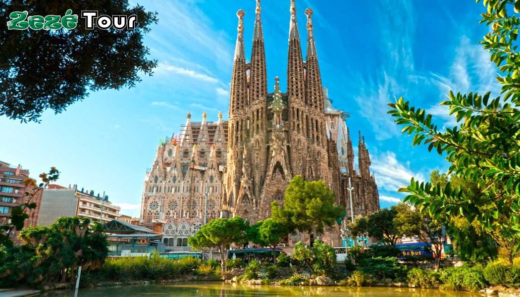 https://0201.nccdn.net/1_2/000/000/12a/657/Europamundo---Barcelona-02--1050x600.jpg