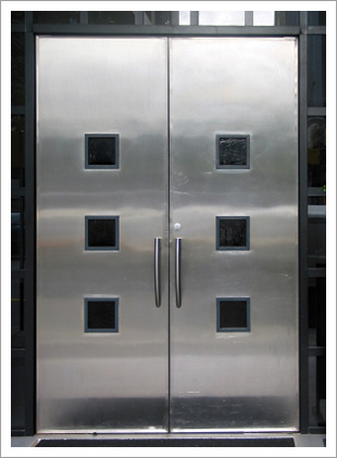 REDEYE DOOR SPECIALISTS Welcomes You & REDEYE DOOR SPECIALISTS in Bradenton FL specializes in first rated ...