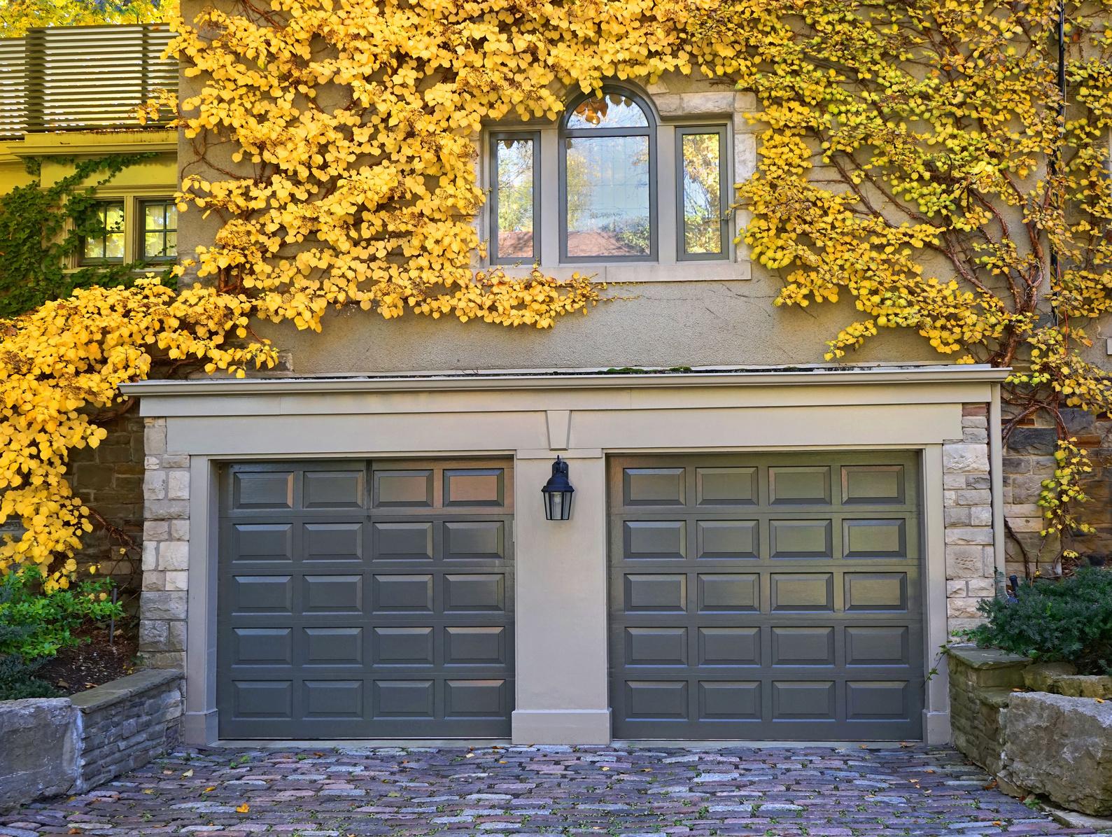 8 Tips On Picking The Best Garage Door Company