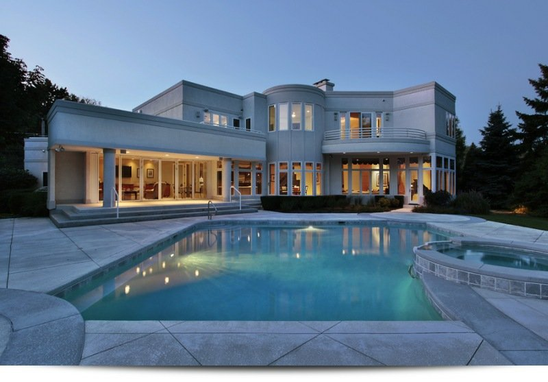 Large home||||