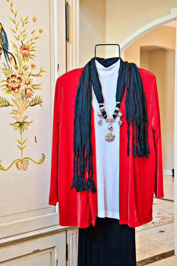 Red Jacket with Charm Scarf||||