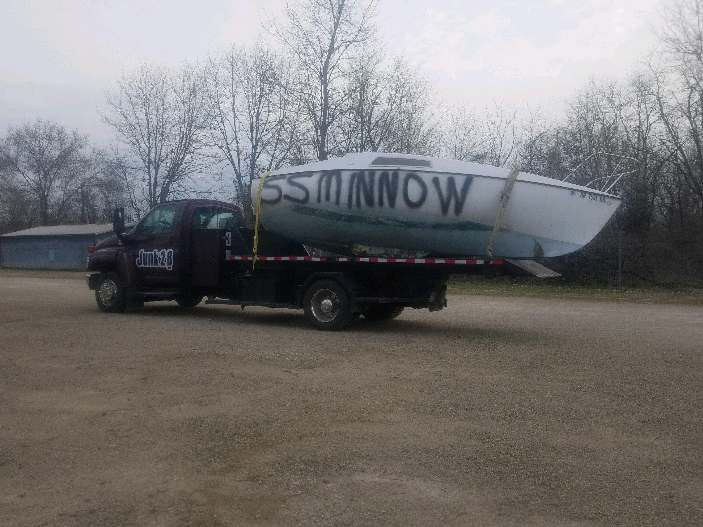 Junk2B boat hauling