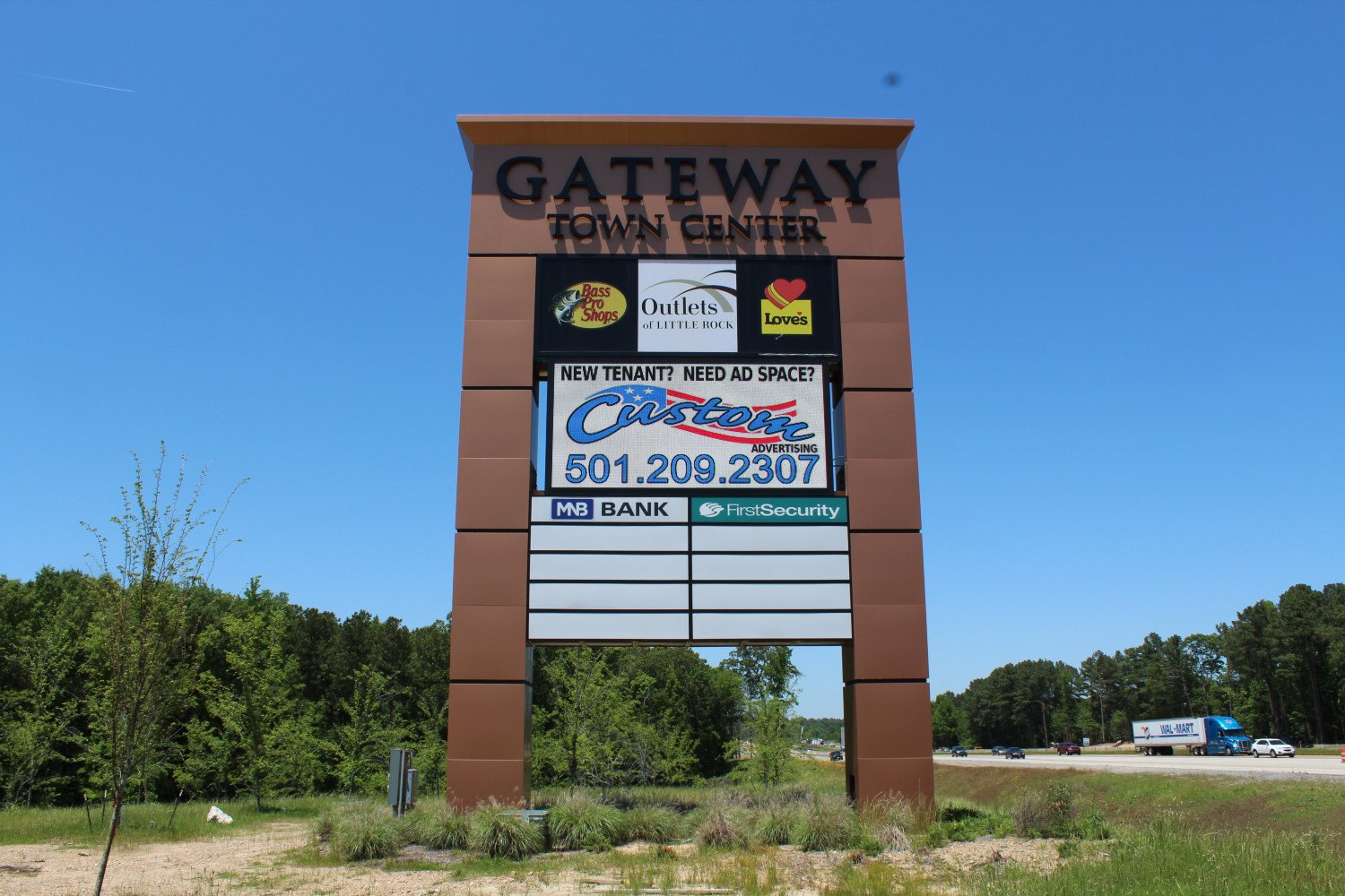 10'x20' 2 sided Watchfire Display located at Gateway Town Center Little Rock, Arkansas