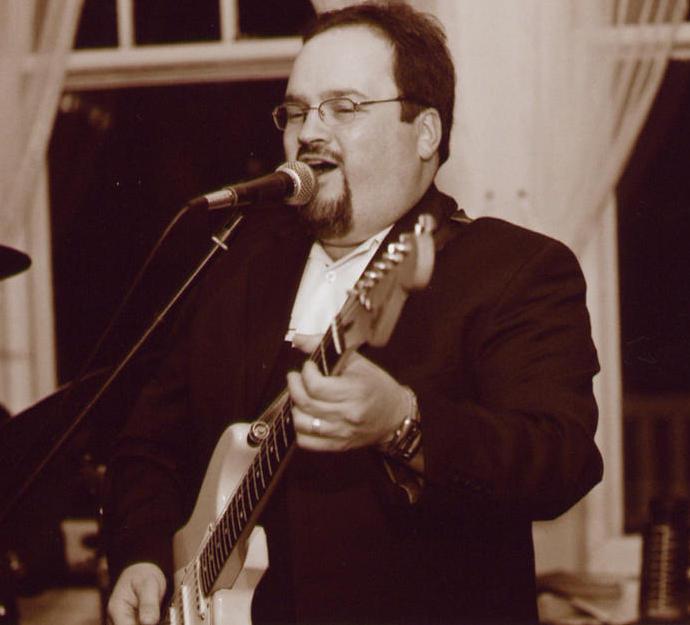 Rob feeling the music at wedding, Altamira Mansion, Jamestown, RI