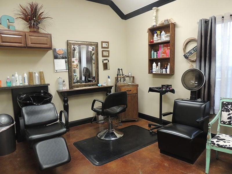 Dewaine's Salons LLC
