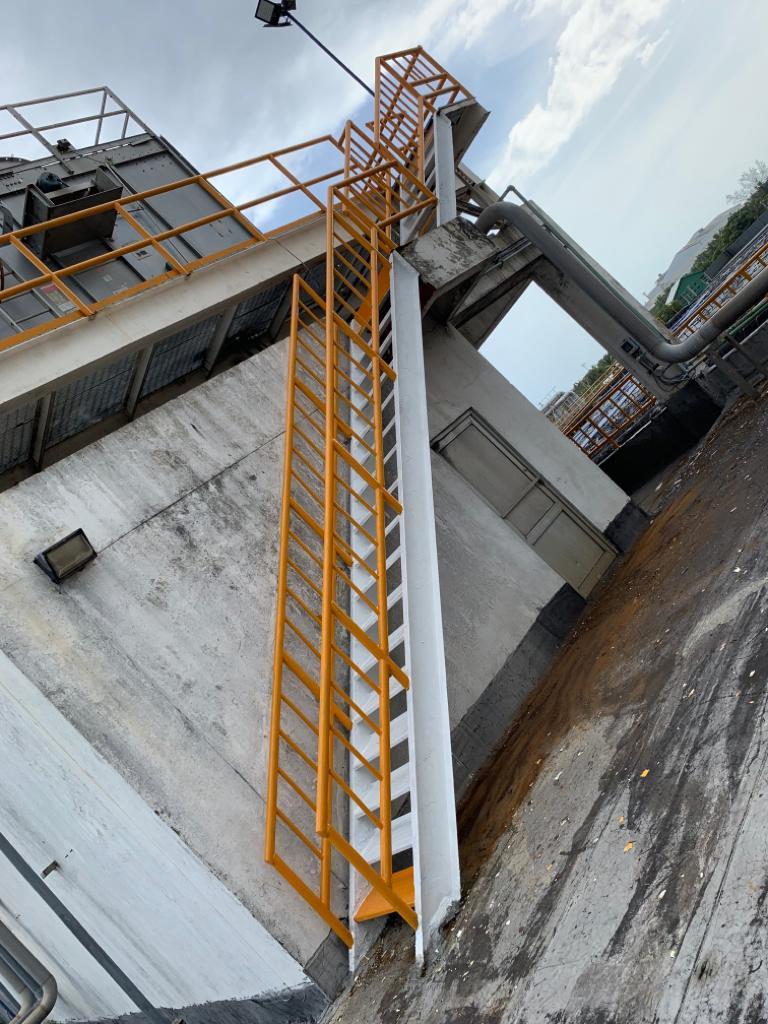 Fabricación de todo tipo de escaleras.