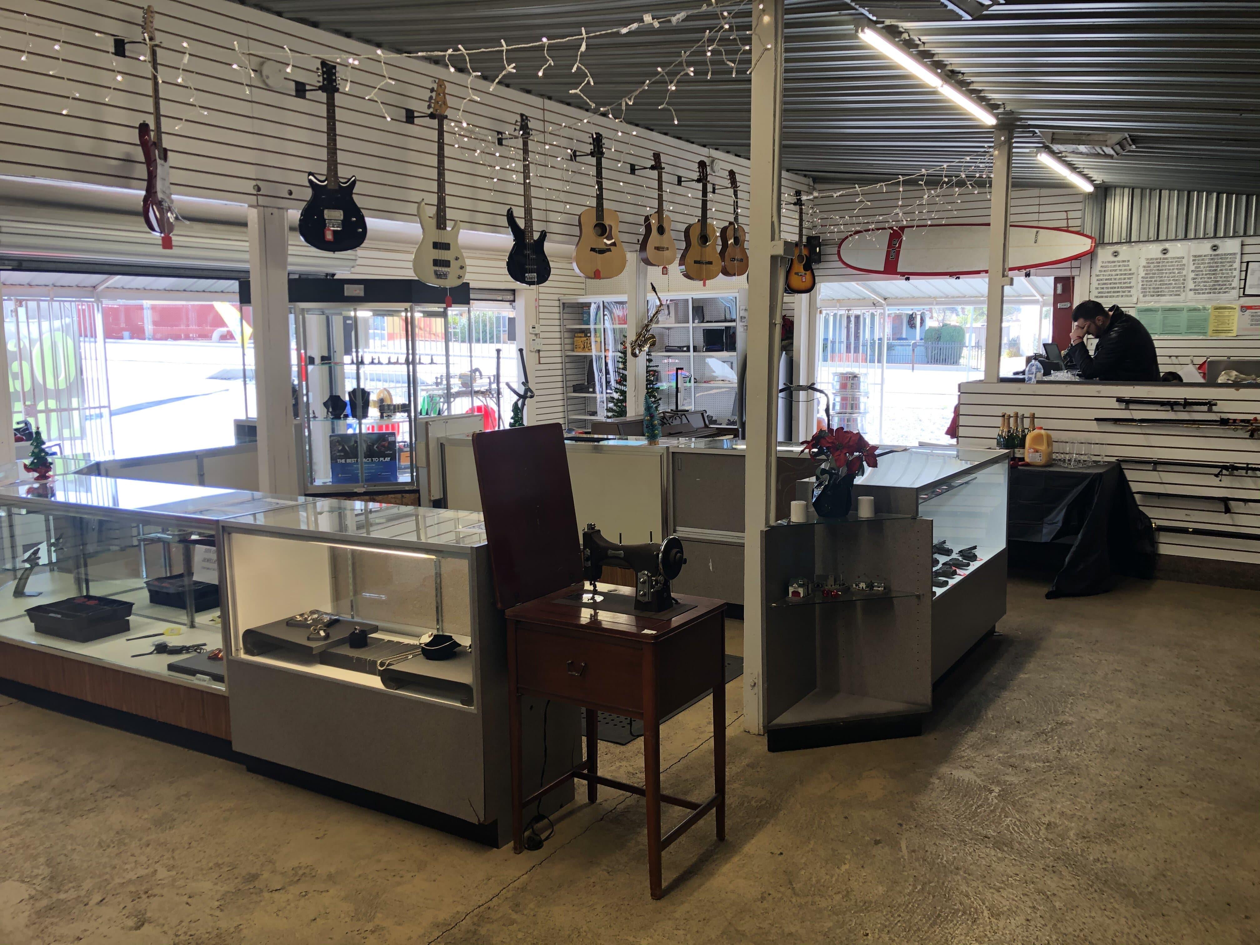 Pawn Shop 1