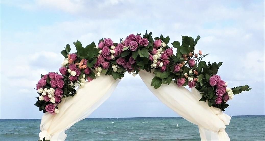https://0201.nccdn.net/1_2/000/000/135/715/round-arch-flowers-and-fabric--2-.jpg