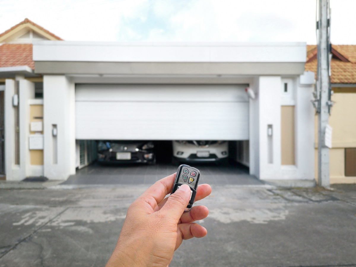 Closing Garage Door with Remote