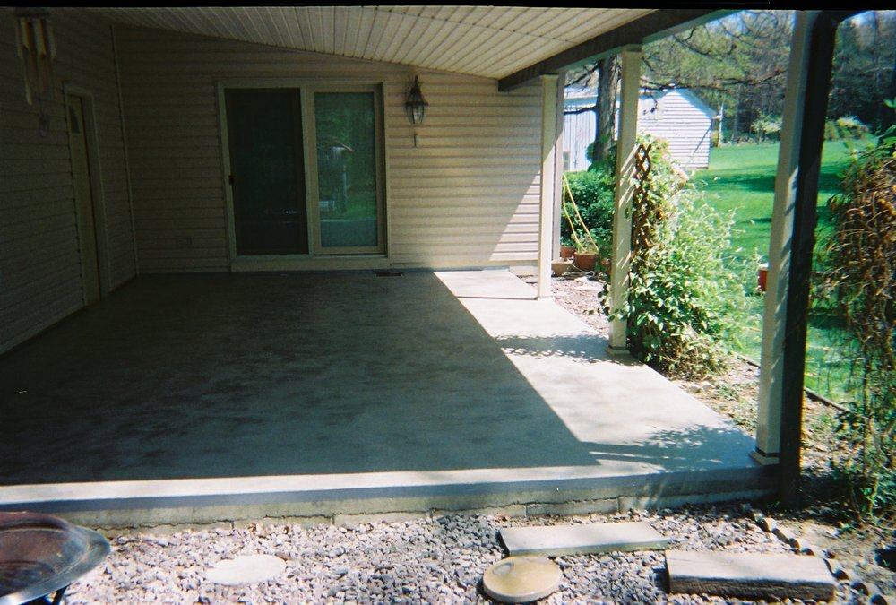 Plain concrete porch before overlay