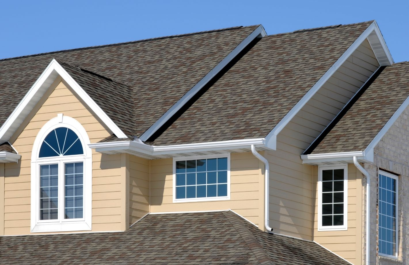 Architectural asphalt shingle roof