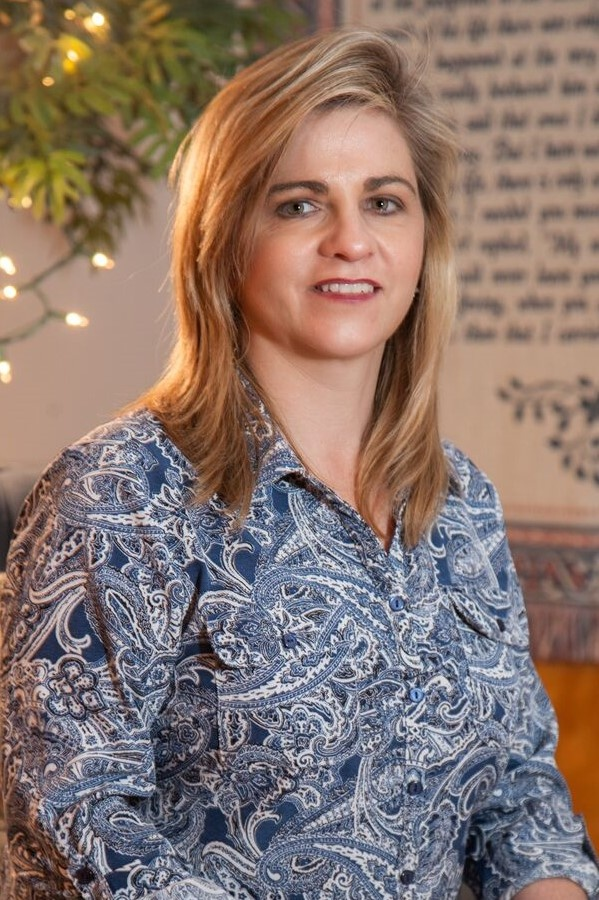 Melissa R. Eckroth