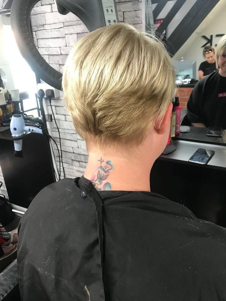 https://0201.nccdn.net/1_2/000/000/138/b27/cbd-blonde1n-720x960.jpg