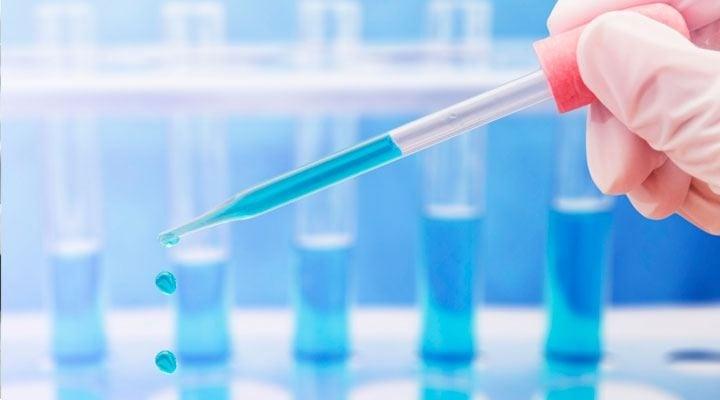 Distribuidor Bioquímico - MATERIAL PLASTICO