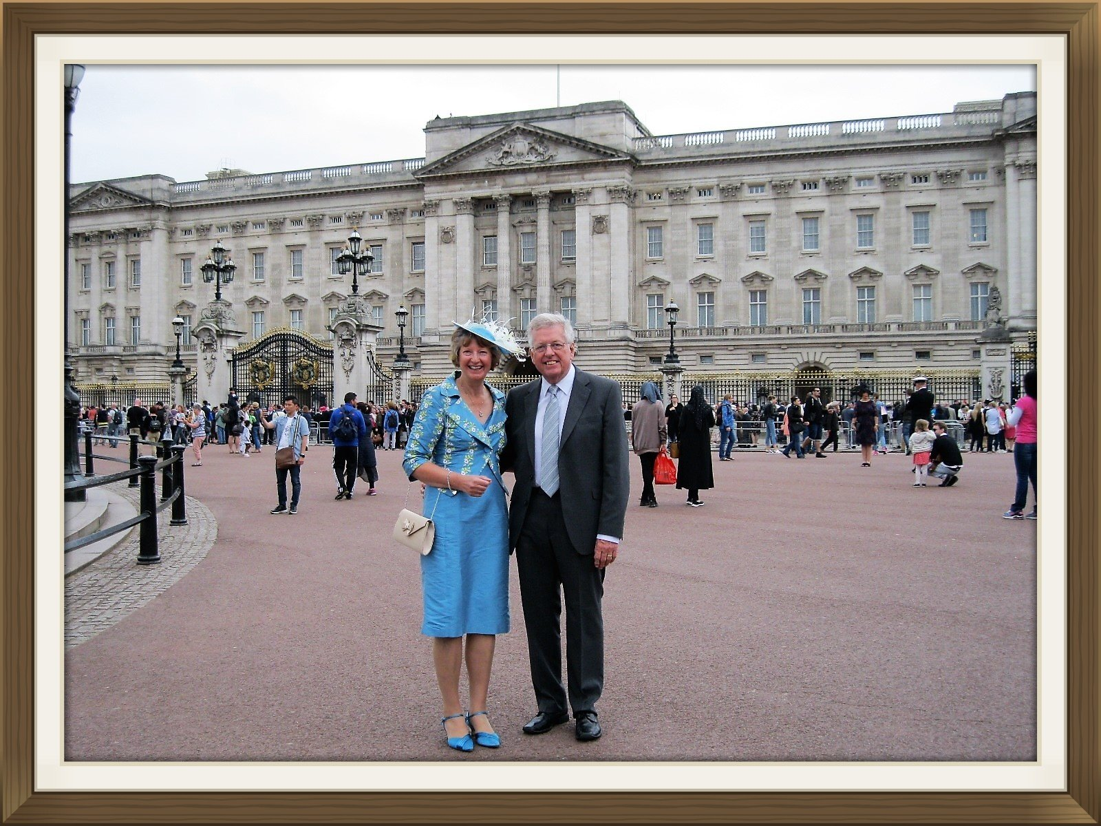 June Trantom and Brian Kurton at Buckingham Palace