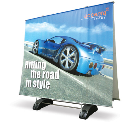 https://0201.nccdn.net/1_2/000/000/13d/684/outdoorbanner_car_r.jpg
