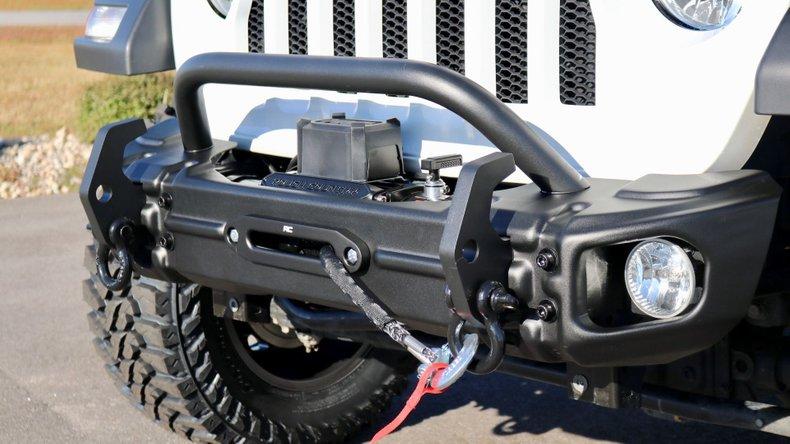 https://0201.nccdn.net/1_2/000/000/13e/86e/2019-jeep-wrangler-unlimited-sport-s-4x4.jpeg