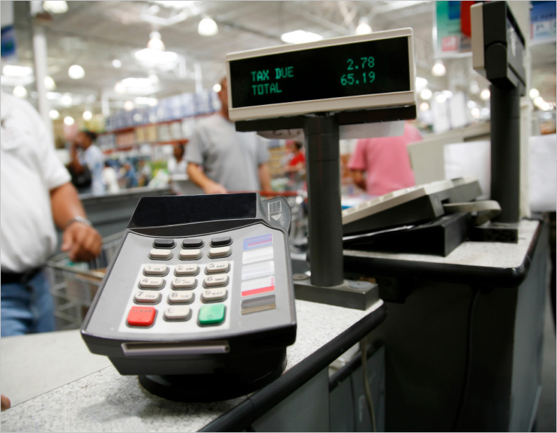 Paying at cash register||||