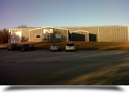 Facility exterior and parking lot||||