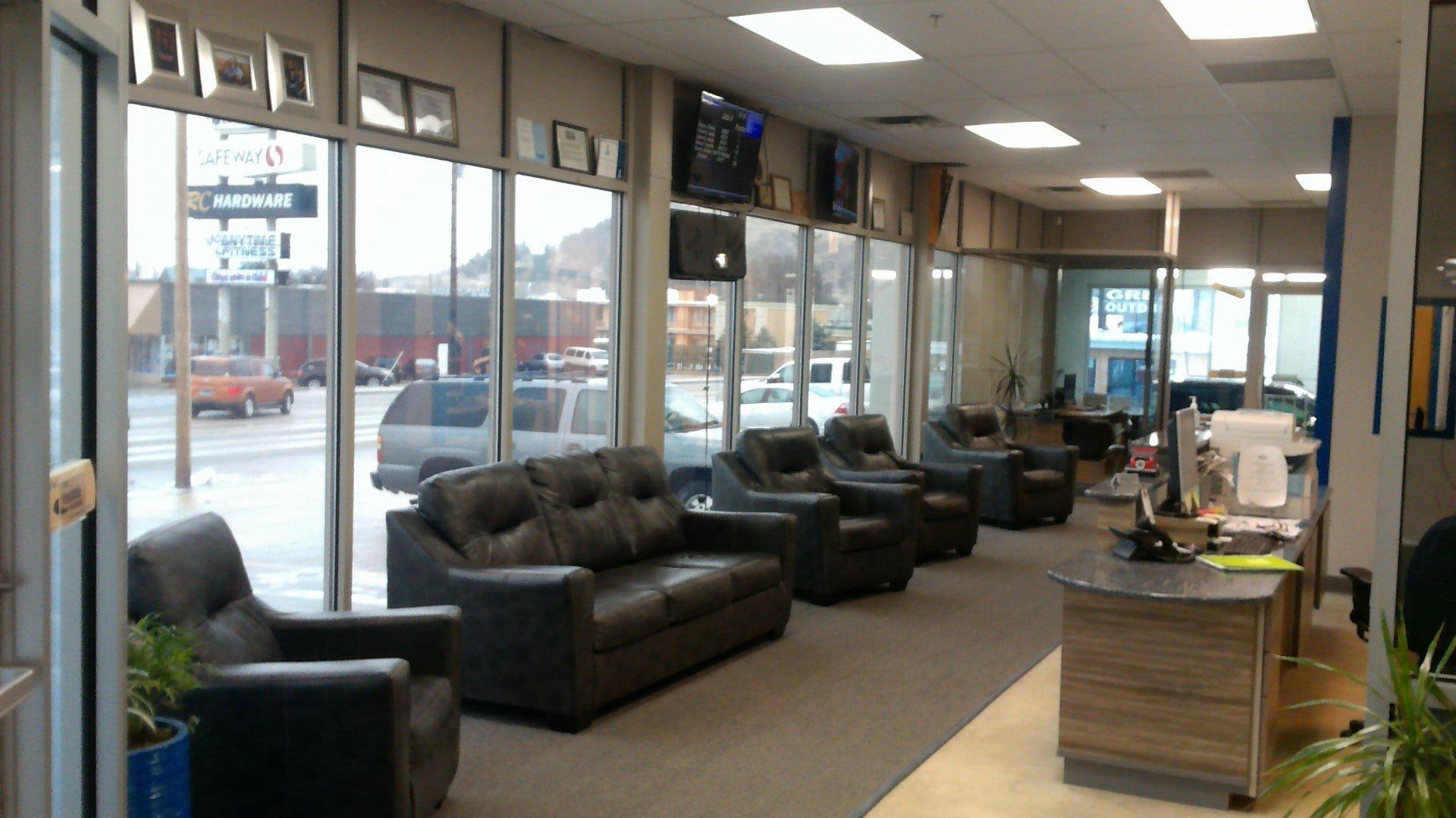 Auto Shop Lobby 2