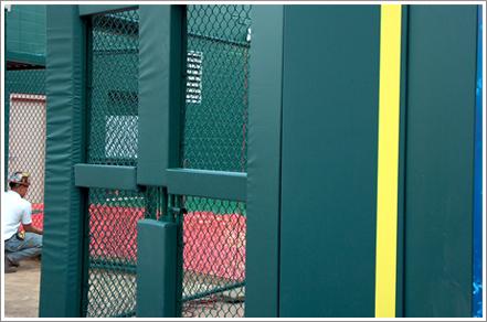 Wall padding fence||||