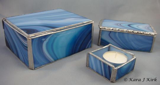 https://0201.nccdn.net/1_2/000/000/142/487/06-24-13-Blue-Stained-Glass--Lg--Sm-Box-Tealight-Set-1-4x6-541x288.jpg