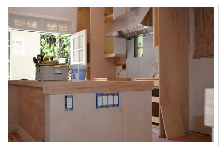 Kitchen with wood cabinets||||