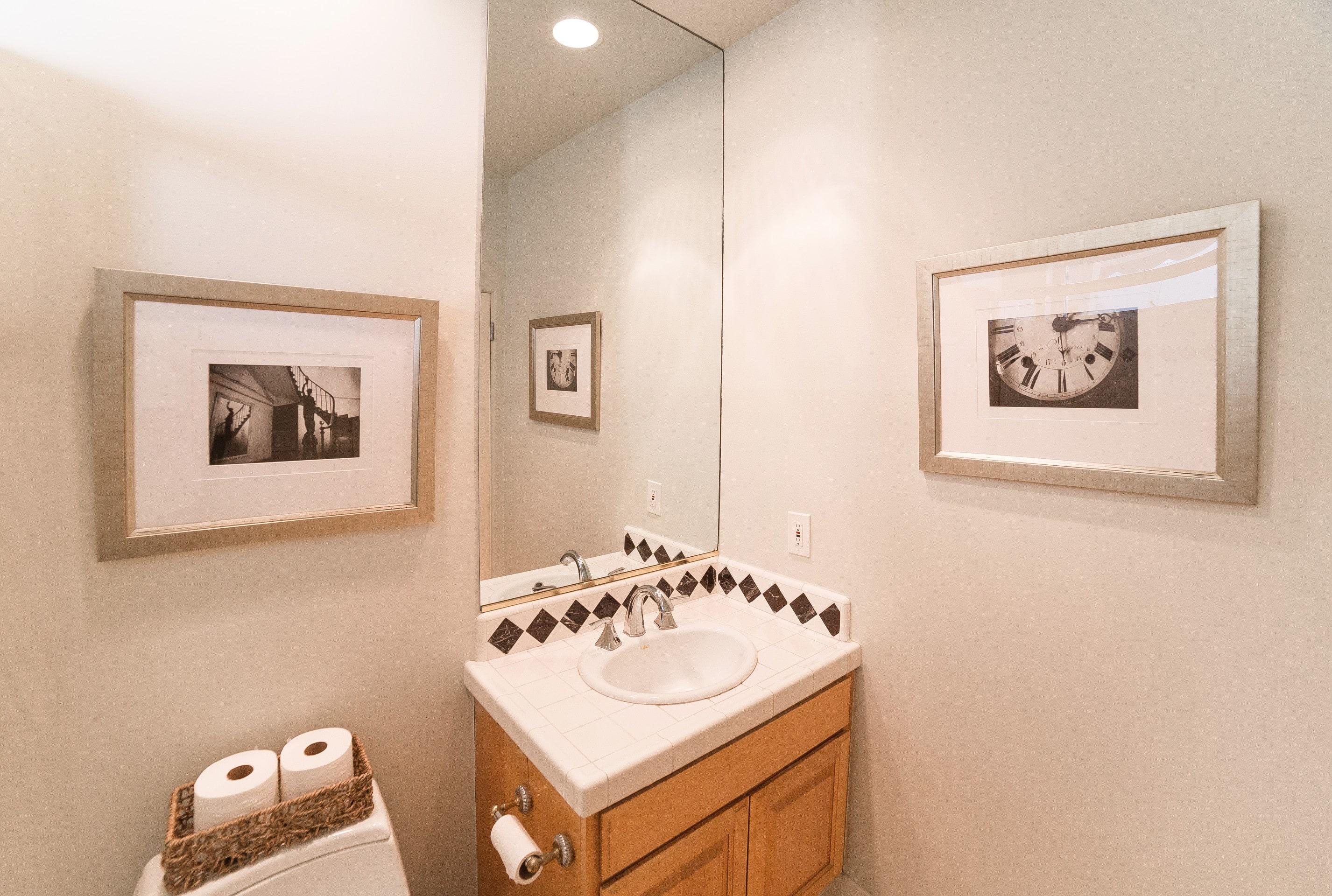 MB Townhouse Bathroom 2