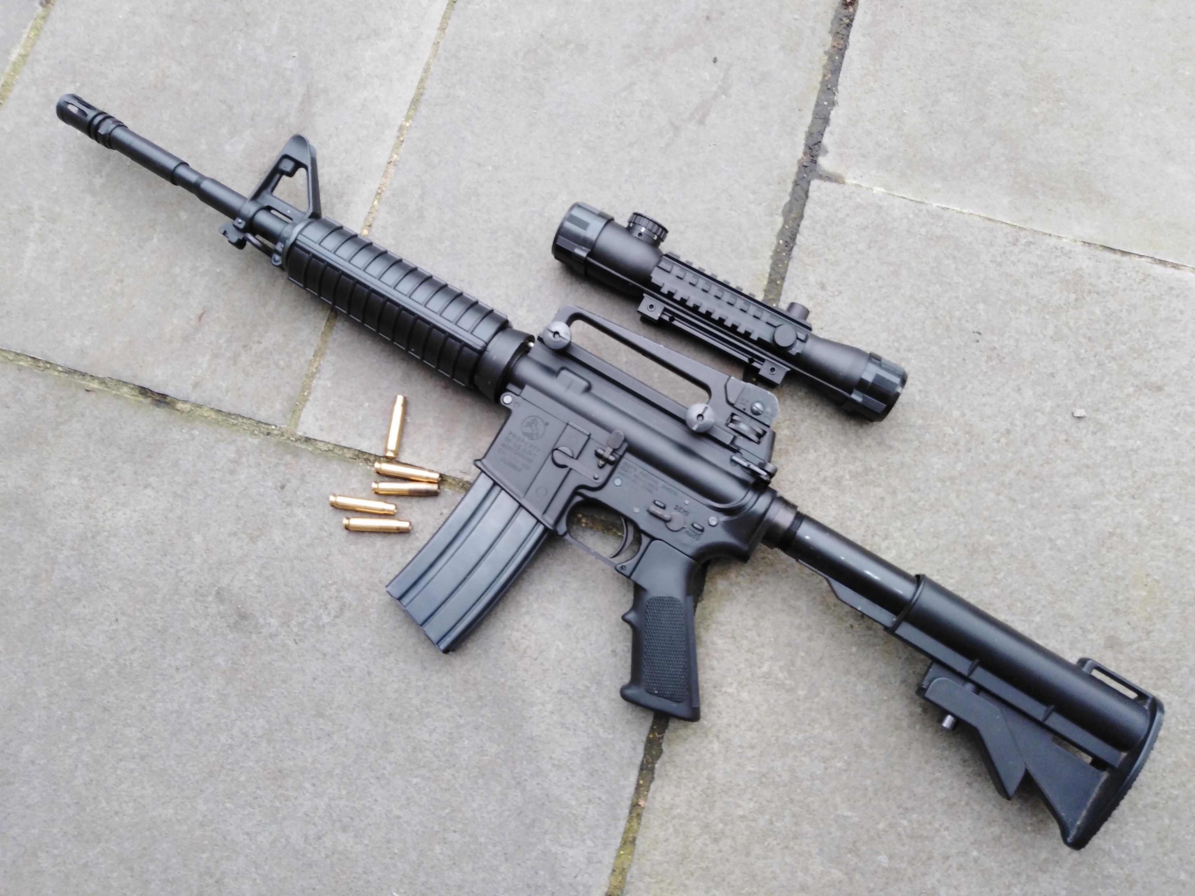 Colt M4A1 Carbine + Scope