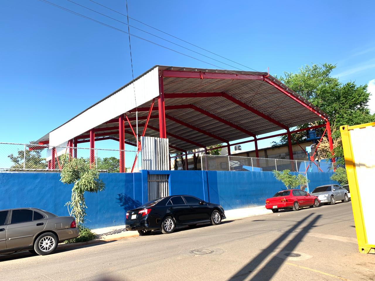 Fabricación de nave para techado Club los pioneros en Villas Agrícolas.