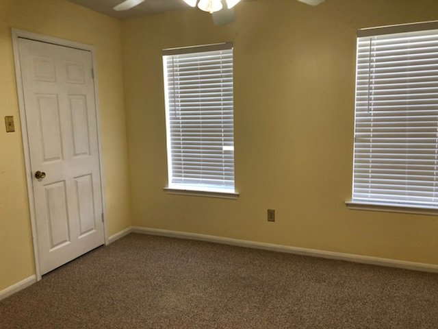 https://0201.nccdn.net/1_2/000/000/145/f07/front-bedroom--1-.jpg