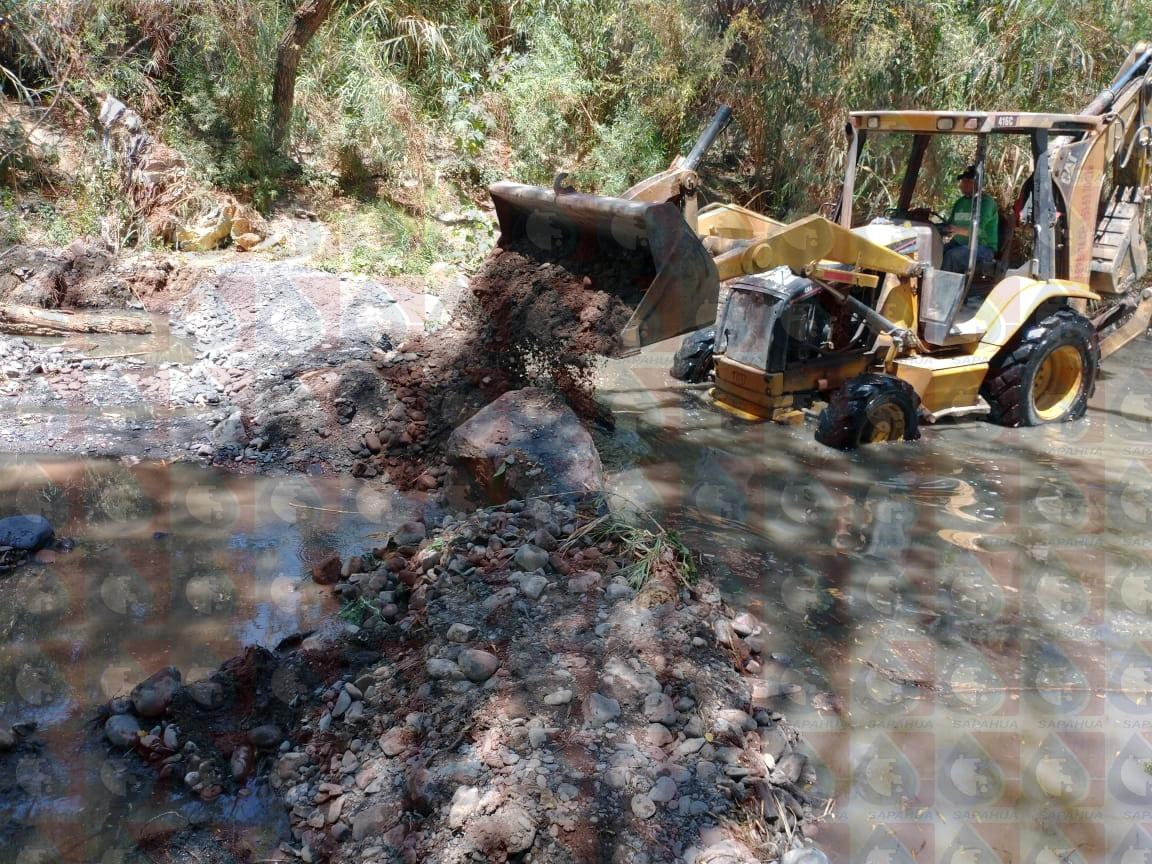 Elaboración de los bordos aereadores en rivera del rió Mixteco junto a planta de  tratamientos de agua residuales para proceso de filtración natural del agua   Mes: Marzo