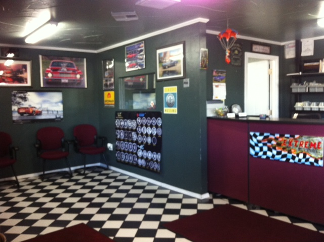 Waiting room in tire shop
