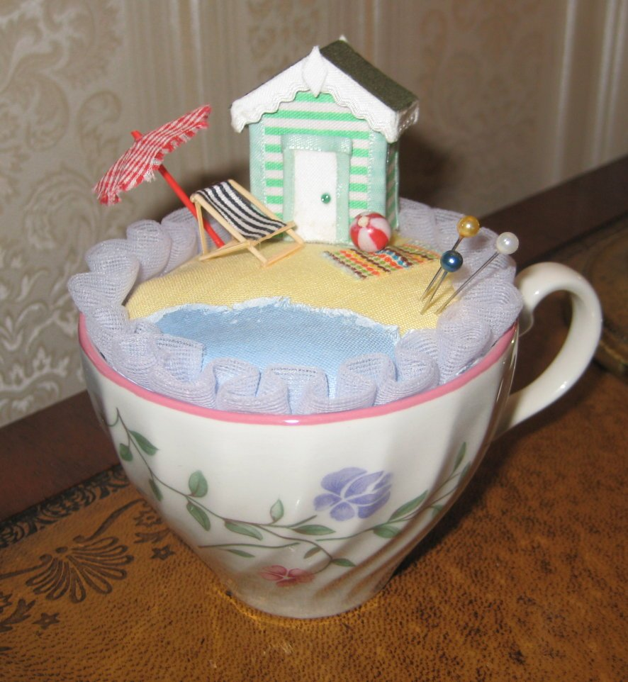 VINTAGE TEACUP PINCUSHION BEACH HUT SCENE