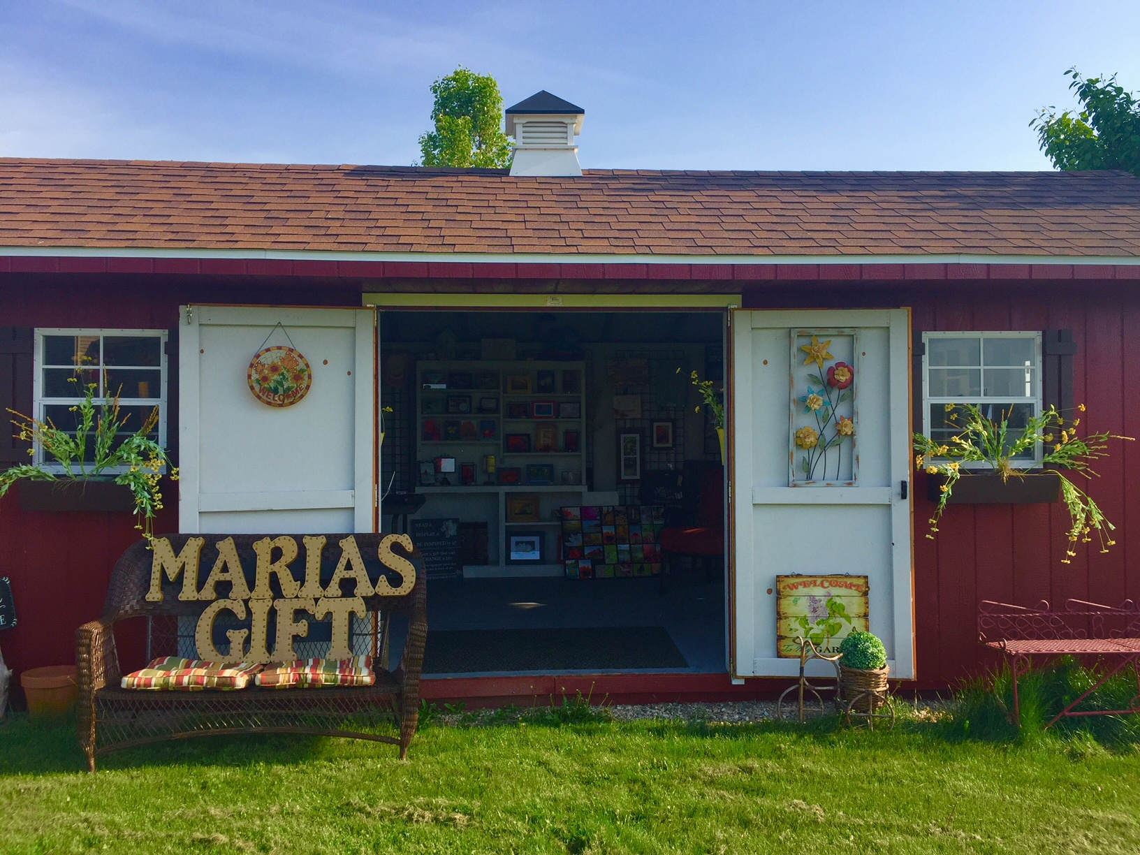 Maria's Gift 'A gift shop with a purpose.'
