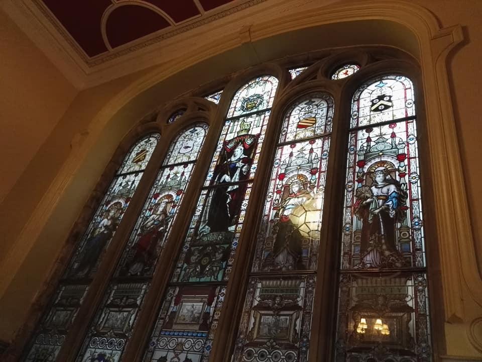 https://0201.nccdn.net/1_2/000/000/149/0f7/Blackpool-Town-Hall-window-3-960x720.jpg