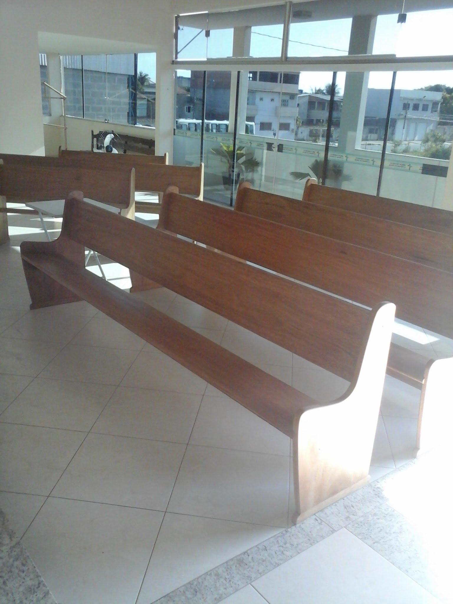 Banco para igreja.